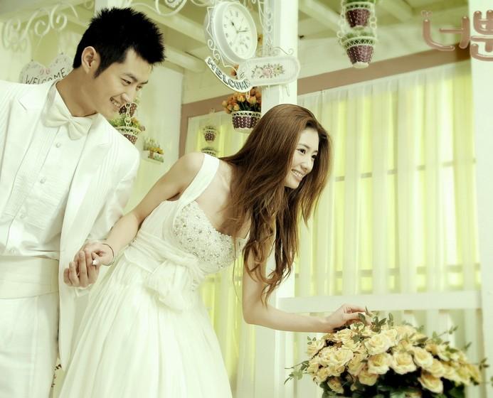 新人婚纱照美化教程 婚纱照美化之祛斑
