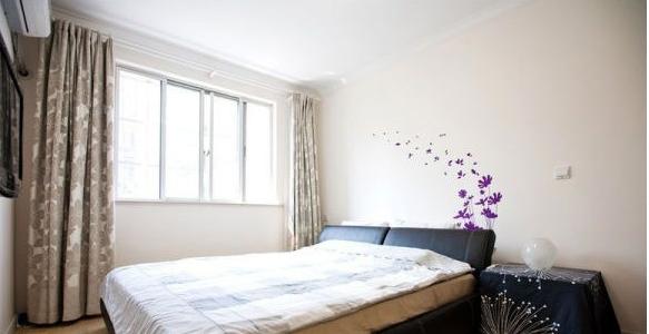 小户型卧室精装修效果图欣赏 时尚的精装修效果图