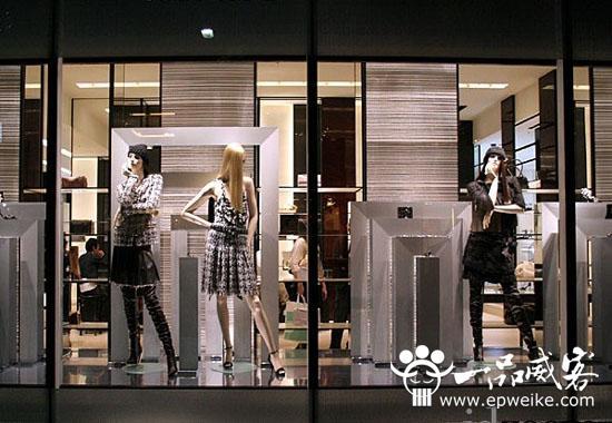 服装店橱窗设计的作用