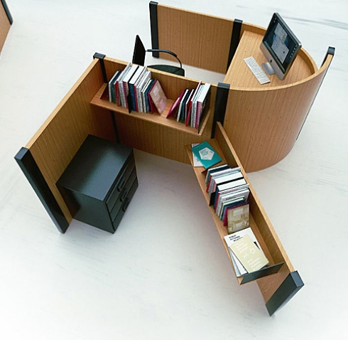 创意字母办公桌