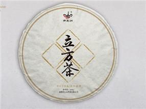 安化千两茶膨松茶饼包装设计