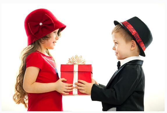 如何给女朋友送礼,给女朋友送礼技巧