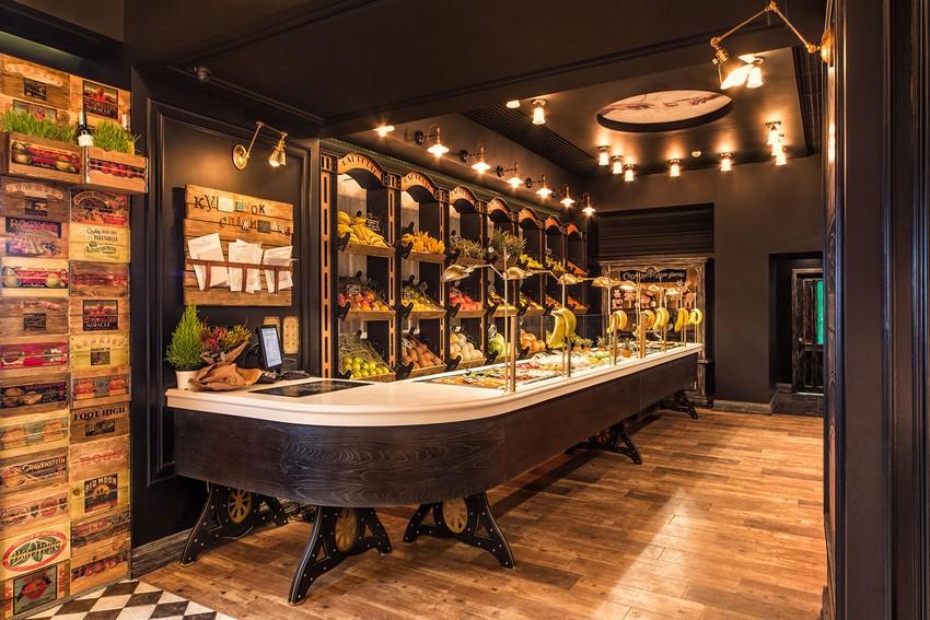 基辅RAMBUTAN复古风格水果店铺设计