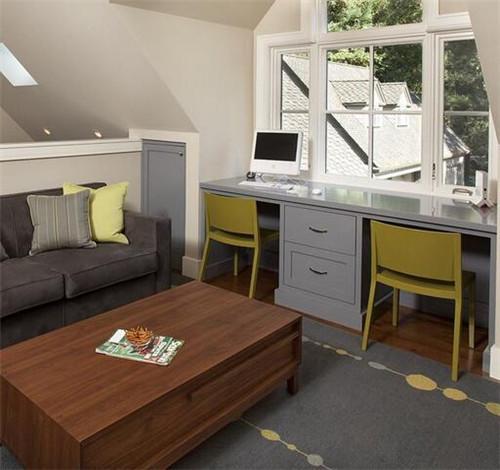阁楼装修设计省钱方法:用屏风代替门