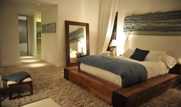 三居主卧室地台榻榻米地台装修效果图