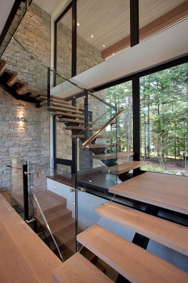 加拿大一所山区豪华别墅设计
