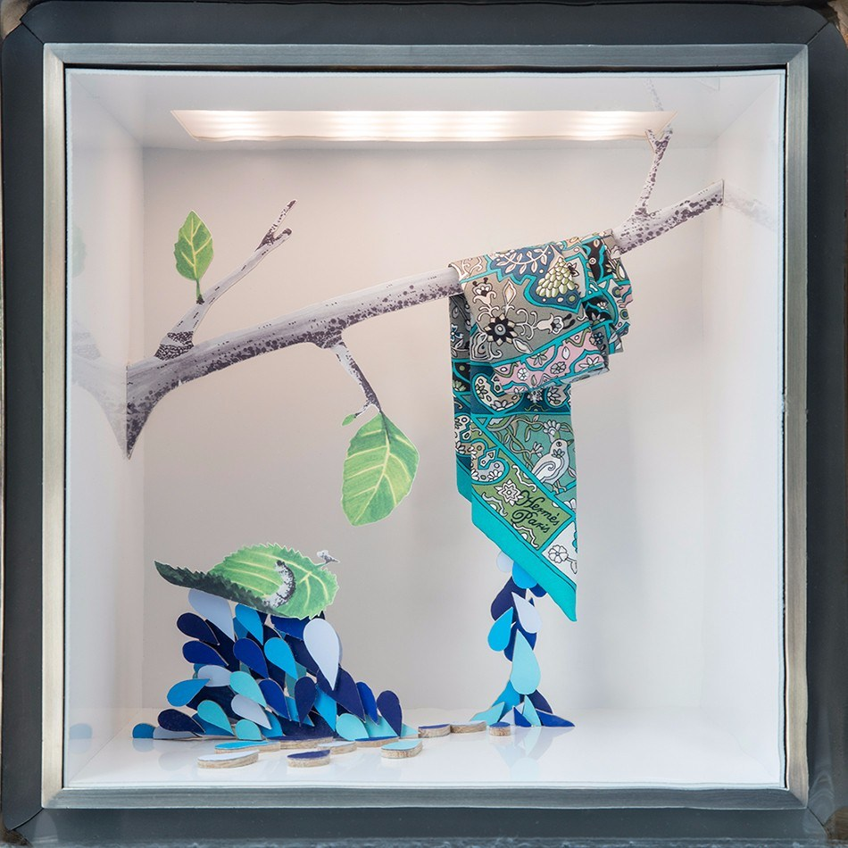爱马仕驰骋自然万物间橱窗设计欣赏