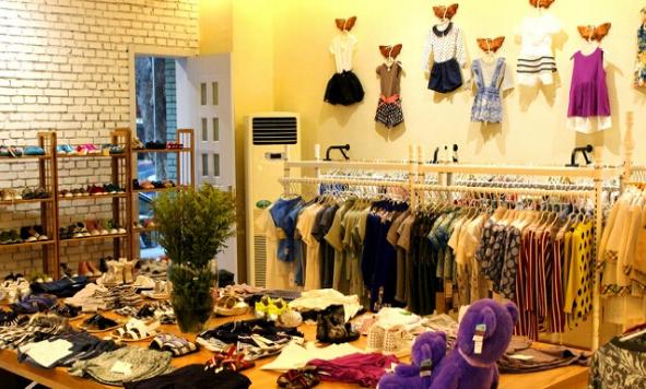 儿童服装店装饰室内效果图片