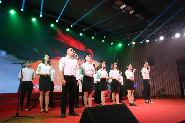 一品威客携歌曲《追梦青春》亮相厦门软件园企业文化节