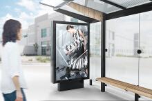 魅力无限春装女装汽车站台广告设计案例