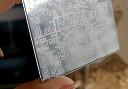 便携式镜面地铁卡片——卡片设计