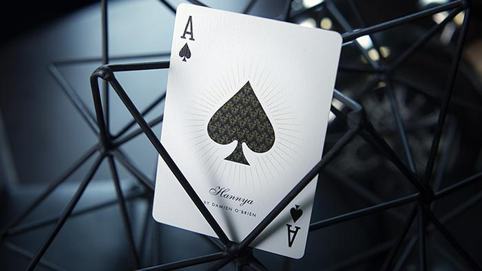 Hannya扑克牌包装设计