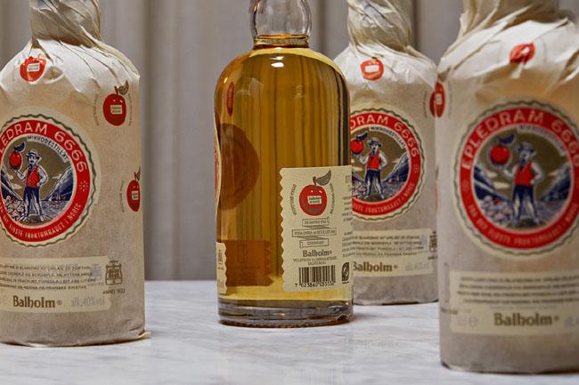国外Balholm苹果酒复古风格包装设计欣赏
