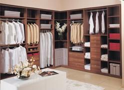 什么是定制衣柜 定制衣柜的特点