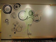 家居装修手绘墙纸也可DIY 贴墙纸的具体步骤说明
