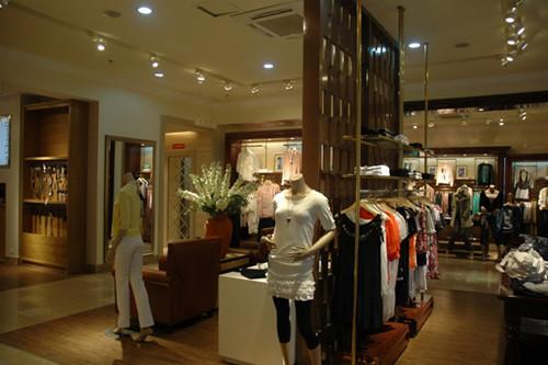 专卖店店面装修设计空间布局形态重点