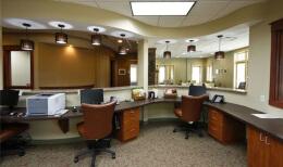 办公室装修玻璃门安装方法