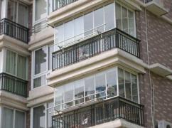 装修封阳台注意这几点,安全又美观