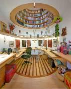 创意室内设计:天花板上的图书馆