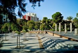 西班牙一座医院花园景观设计效果欣赏