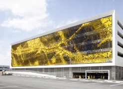 Eskenazi医院停车场设计