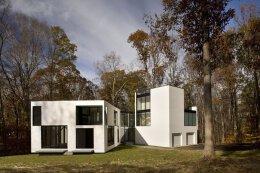 白色的几何形状与玻璃结合:Graticule新农村别墅设计