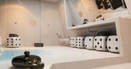 超大空间家庭卫生间装修效果图