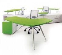 台面、支架以及配件组合的办公家具作品欣赏