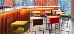 色彩缤纷的宾馆室内装修效果图