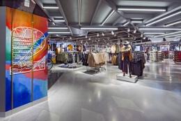 服装品牌Primark马德里旗舰店专柜设计