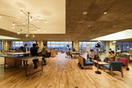 日本KOIL开放式办公楼平面图空间设计