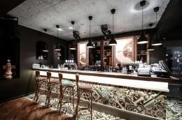 富有韵味的酒吧吧台设计图欣赏