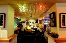 圆桌酒吧吧台灯设计图欣赏