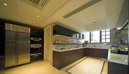 U型厨房装修效果图,美观实用的U型厨房设计