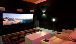 如何打造一个高逼格的家庭视听室
