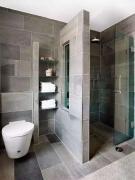 10款卫生间半墙隔断设计,比起玻璃隔断好太多了,隔水储物还好看
