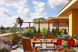 屋顶花园设计的主配造景技巧
