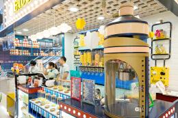 爆米花店面装修效果图 让甜品店变得好玩的设计