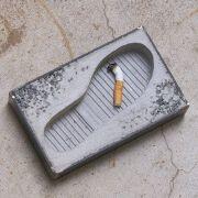 几个可爱貌美的创意烟灰缸设计图片欣赏