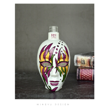 面具瓶设计
