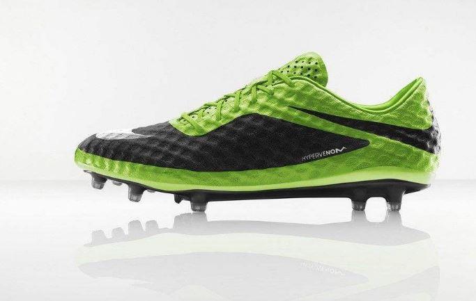 足球鞋品牌命名