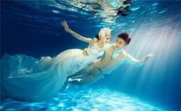 一套水下婚纱照多少钱?怎么拍更好看?