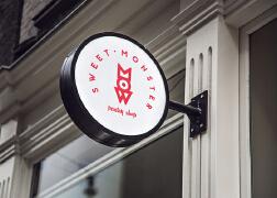 Sweet Monster甜品店创新创意简约品牌形象设计