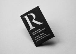 国外设计师Ryan Romanes镂空创意个人名片设计作品欣赏